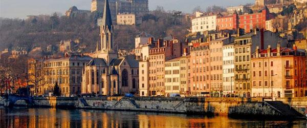Reserva de plazas para el viaje a Lyon